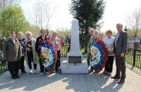 Возложение цветов к Обелиску Глебовского сельского округа
